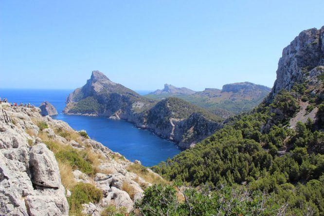 Blick vom Cap de Formentor auf Mallorca