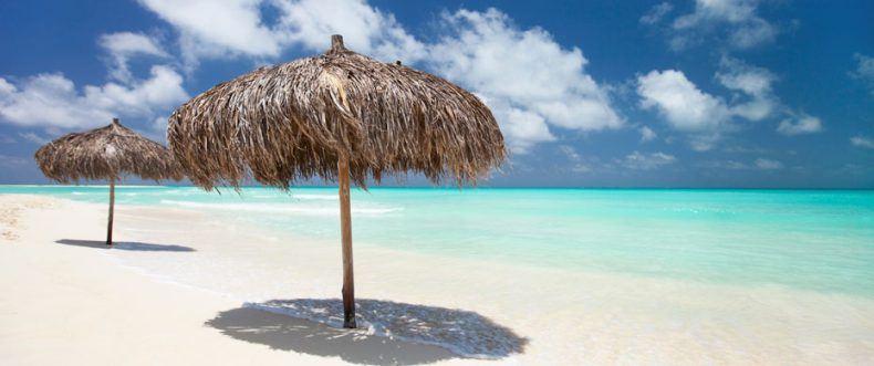Die Strände auf Kuba mit schneeweißem Sand und türkisblauem Wasser