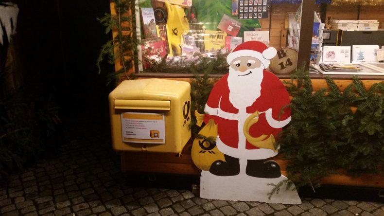 Die Weihnachtspost wird wirklich ausgeliefert. Vielleicht nicht vom Weihnachtsmann höchstpersönlich, aber wer weiß ...