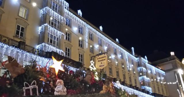 Weihnachtlich geschmückt am Dresdner Strizelmarkt
