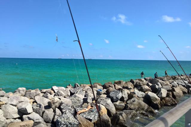 Hier kann man schon mal Sonnenbaden - immer nur Strand ist ja auf Dauer auch nix ;)
