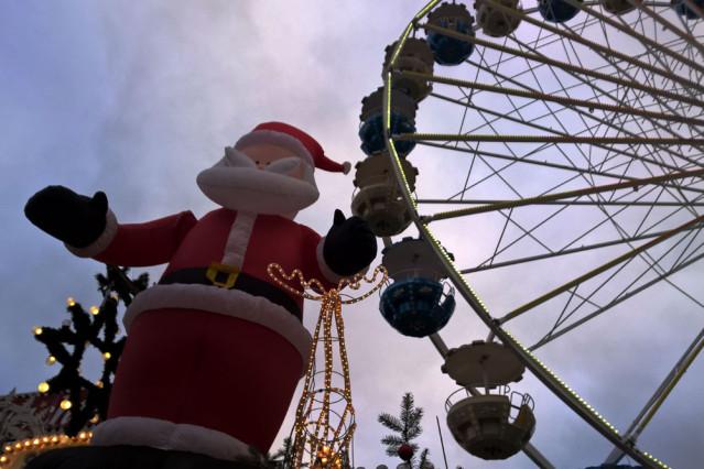 Riesenrad Weihnachtsmarkt Leipzig