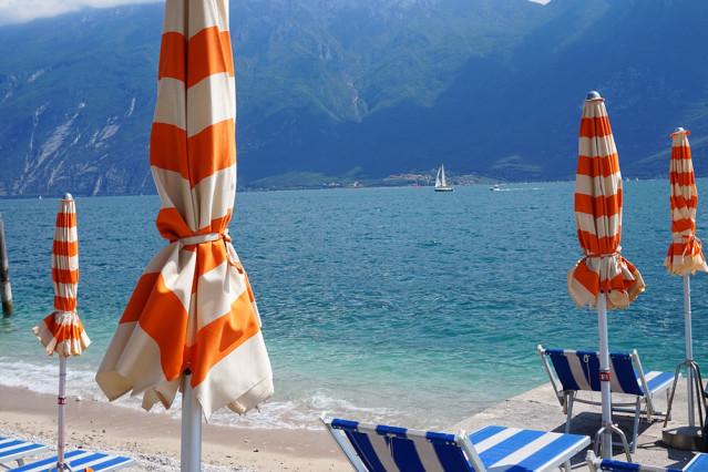 Sonnenschirme Gardasee