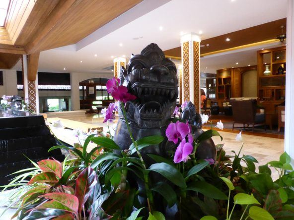 Die Lobby des Santiburi Beach Resort