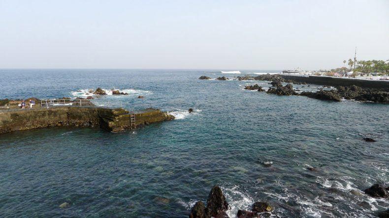Zum Baden bedingt geeignet: Steinküste vor Puerto de la Cruz