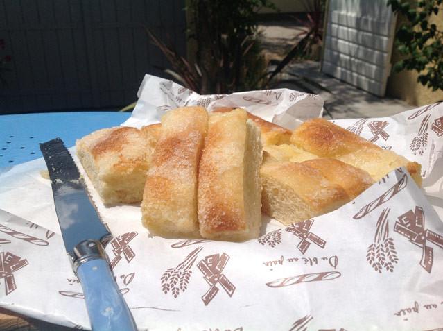 Unser Stück vom Urlaubsglück - Fougasse sucrée d'Aigues-Mortes