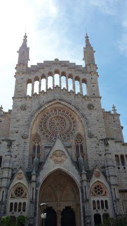 Die Sankt Bartholomäus Kirche