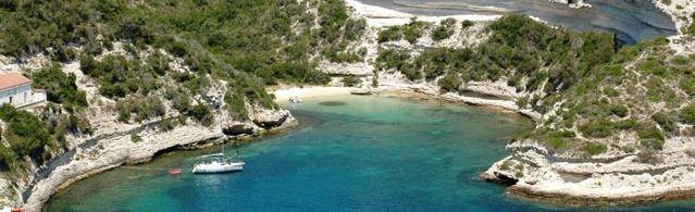 Verlassene Buchten auf Korsika