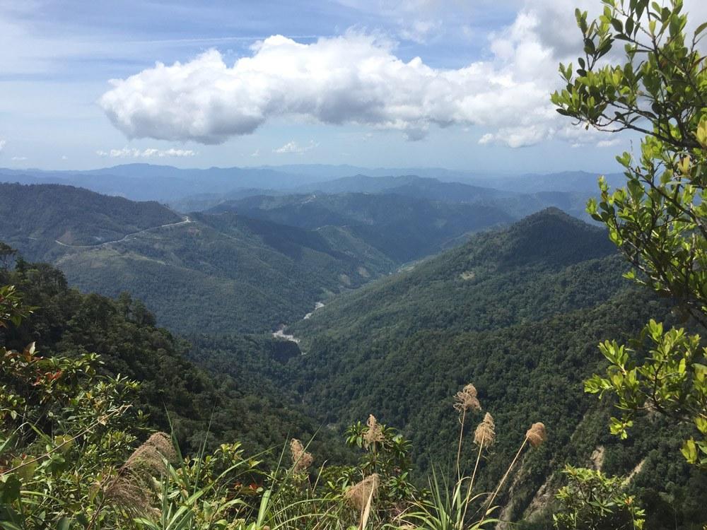 Von der Aussichtsplattform am Timpohon-Gate hat man einen weiten Blick ins Tal