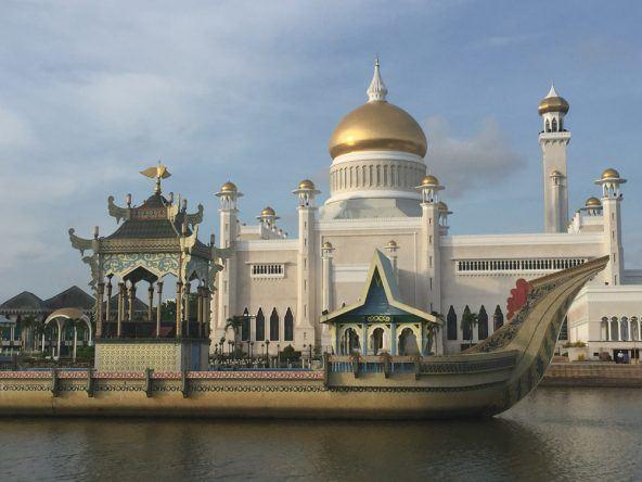 Die Moschee Masjid Sultan Omar Ali Saifuddien ist das Aushängeschild des kleinen Landes