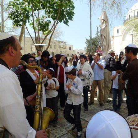Jüdische Traditionen werden an der Klagesmauer ausgelebt