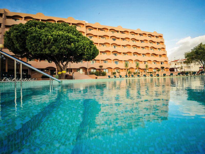 Poollandschaft des Hotel Vila Gale Atlantico