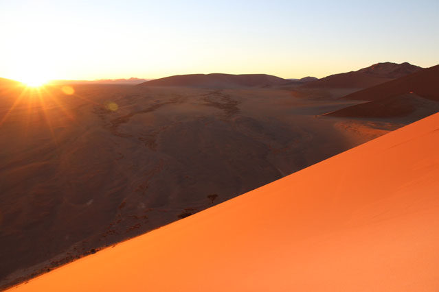 Sonnenaufgang im Sossusvlei