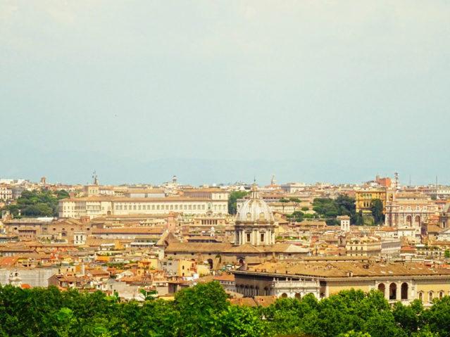 Diesen grandiosen Ausblick vom Gianicolo solltet ihr euch nicht nehmen lassen!