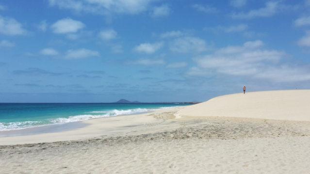 Ein Traum in blau-weiß: Die Insel Sal