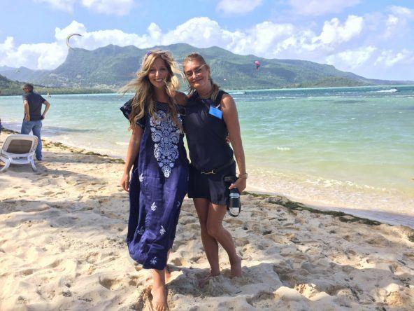 Influencer Miss Everywhere und Goldie_Berlin am Le Morne Beach