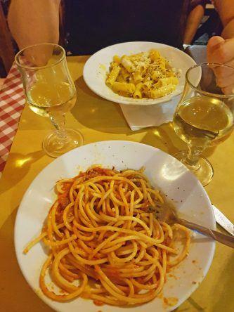 Yummy. Pasta alla Carbonara und all' amatriciana