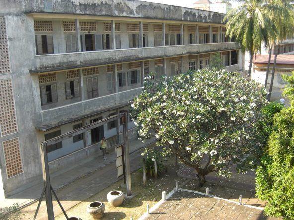 Das Tuol Sleng Museum bietet tiefe Einblicke in die kambodschanische Geschichte des 20. Jahrhunderts