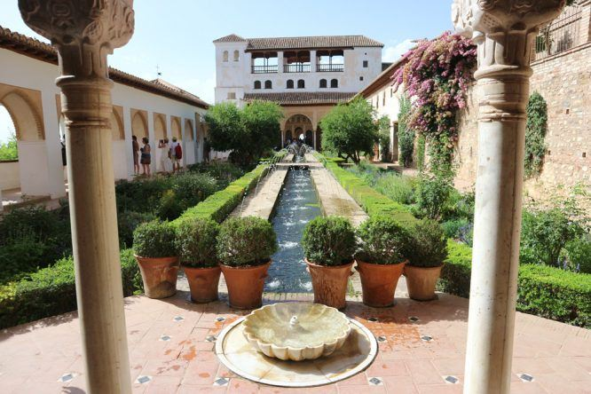 Im Generalife in Alhambra