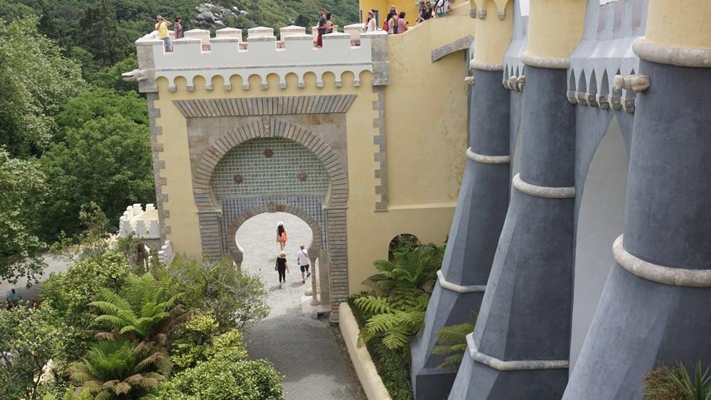 Das Neuschwanstein Portugals: Der Palácio Nacional da Pena