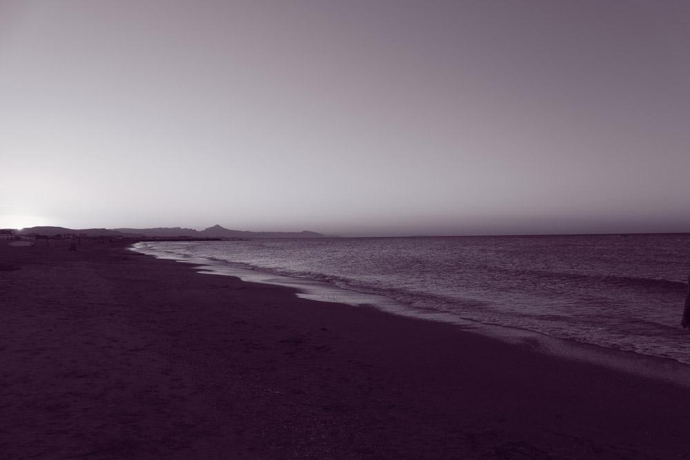 Strand in lila