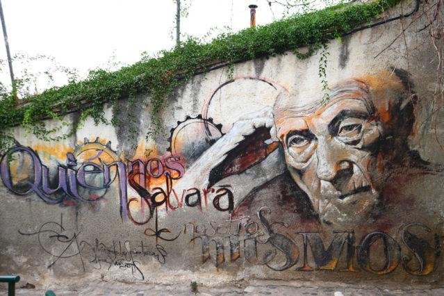 El Niño de las Pinturas Graffitikunst inmitten von Granadas Altstadt