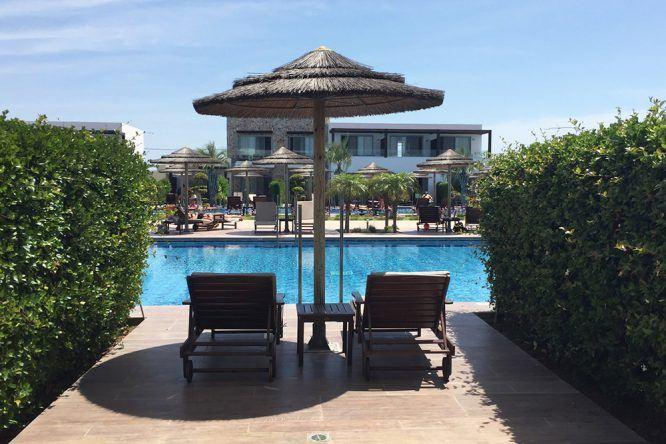Chillen am Pool des Sensimar Palazzo des Mare