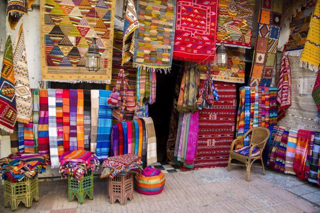 Diese Farben! Auf dem Markt in Marokko