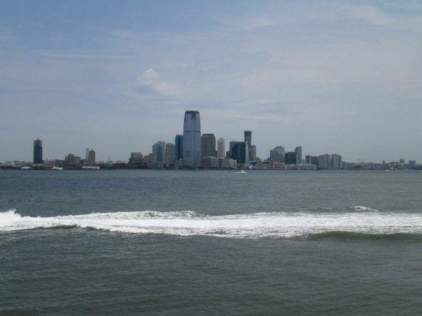 Die Staten Island Ferry ist kostenlos und bietet einen tollen Ausblick auf die Stadt