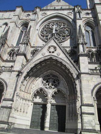 Die wunderschöne Cathedral of Saint John the Divine