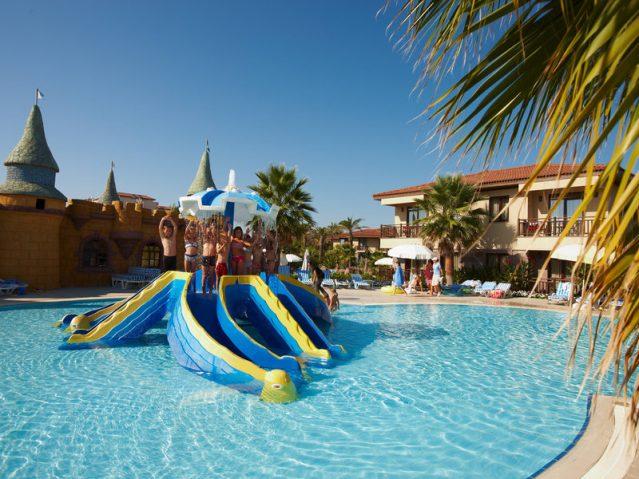 Kinderpool im TUI BLUE Palm Garden