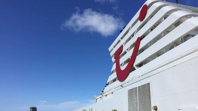 Kreuzfahrtschiff TUI Cruises
