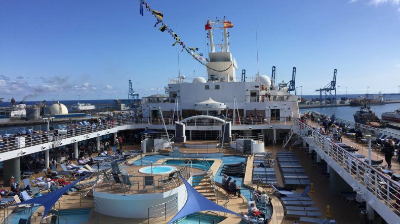 An Bord von TUI Cruises