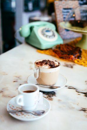 Kaffee im Café com Calma (Fotocredit: Thea Neubauer)