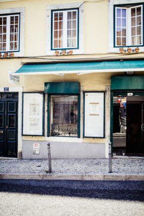 Außenansicht des Copenhagen Coffee Labs (Fotocredit: Herz und Blut)