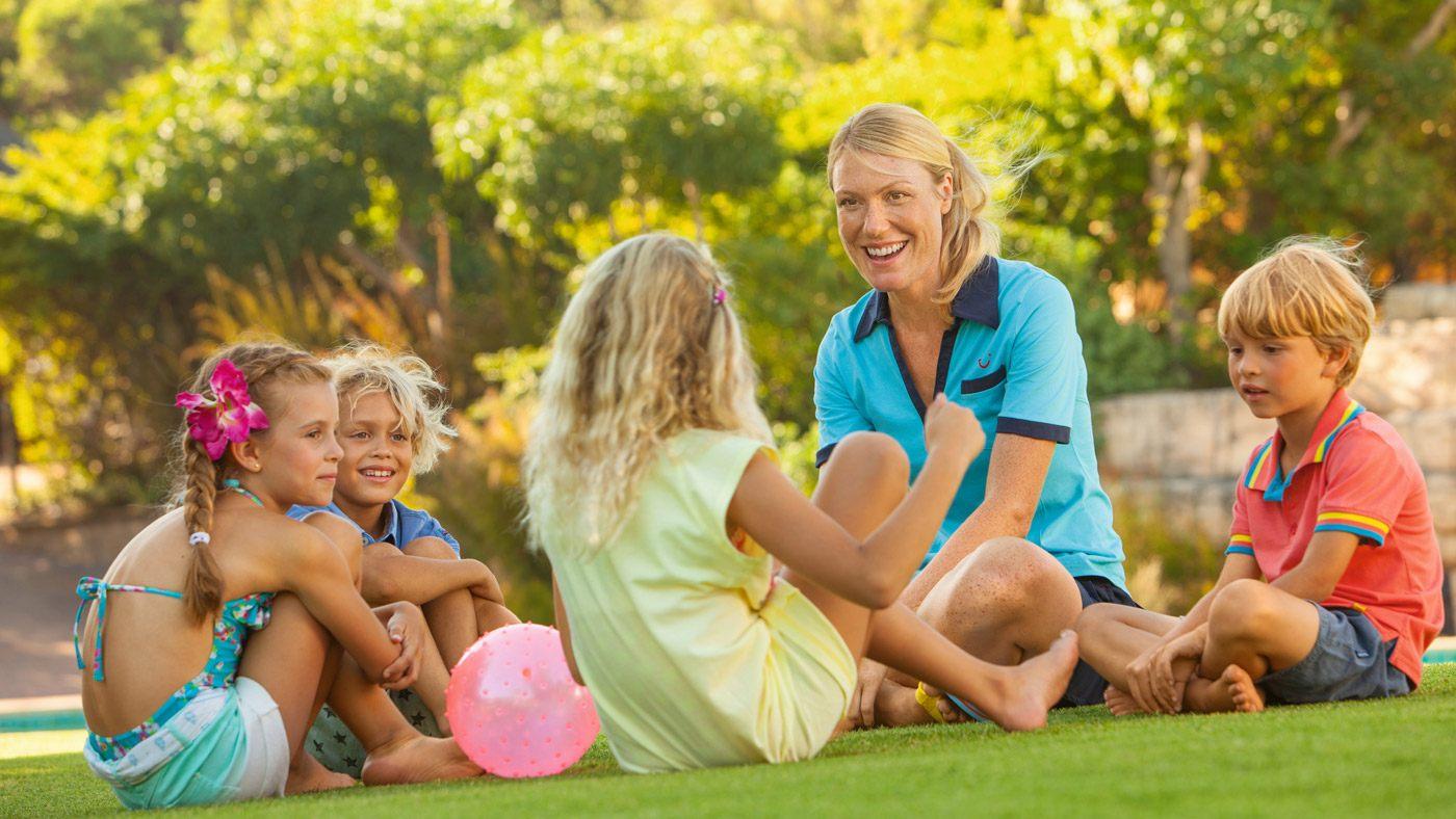 Kinderbetreuung im Familienurlaub