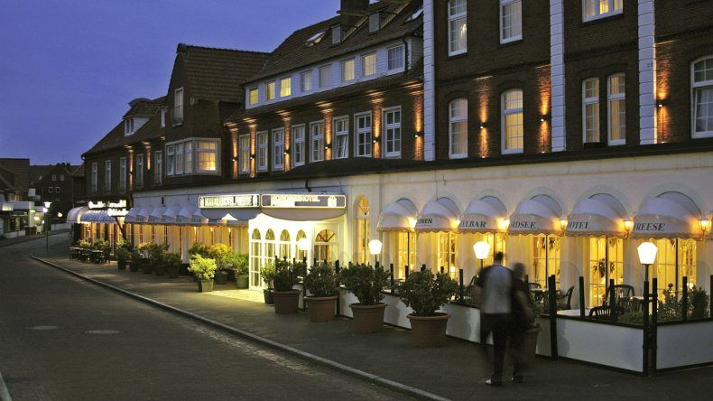 Das Nordseehotel Freese am Abend