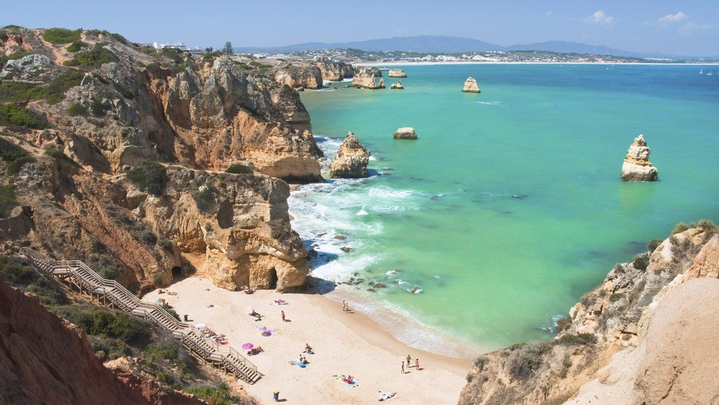 Die Algarve kann die wunderschönsten Strände und Buchten aufweisen