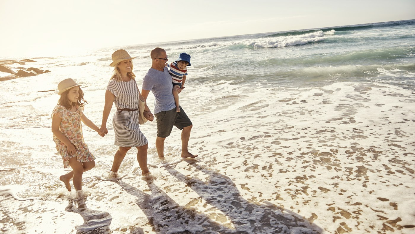 Familie an Strand