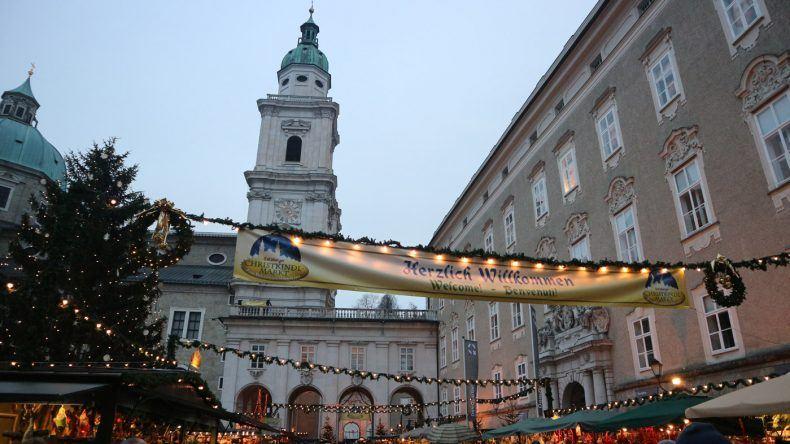 Haupteingang zum Salzburger Christkindlmarkt