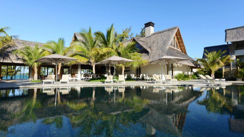 Die Poollandschaft des SENSIMAR Lagoon Mauritius
