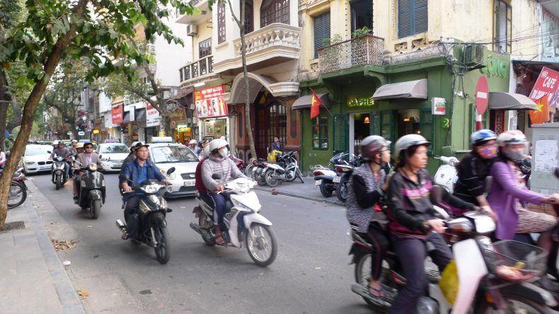 Mopedchaos in Hanoi