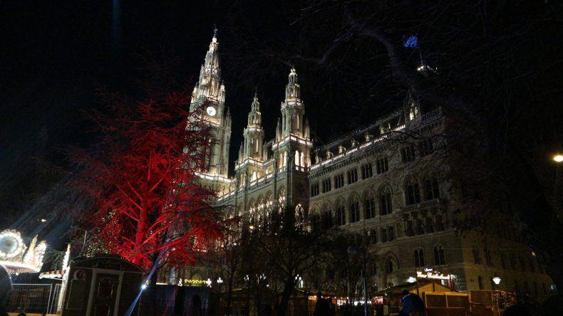 Rathaus Wien bei Nacht