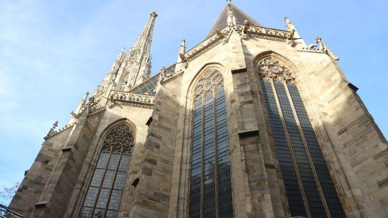 Bekommt man nicht komplett aufs Bild: Die Votivkirche in Wien