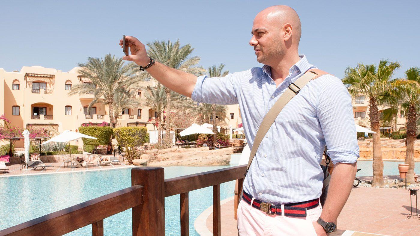 Bachelor Christian Tews in Ägypten