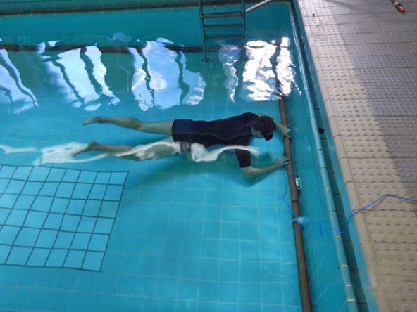 Auch Indoor-Pools werden von den Pooltestern geprüft
