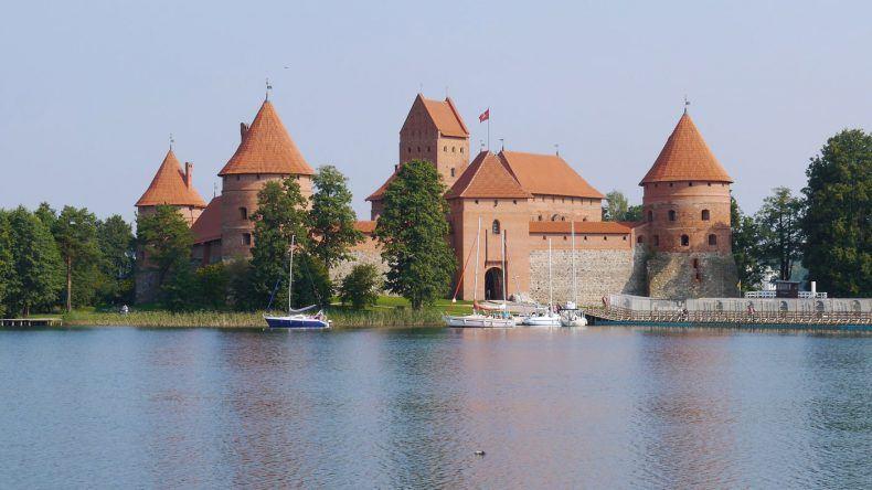 Die Wasserburg in Trakai (Copyright: tomasauga/pixabay)