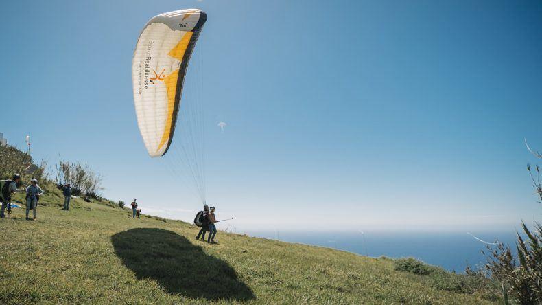 Paragliding Arco da Calheta