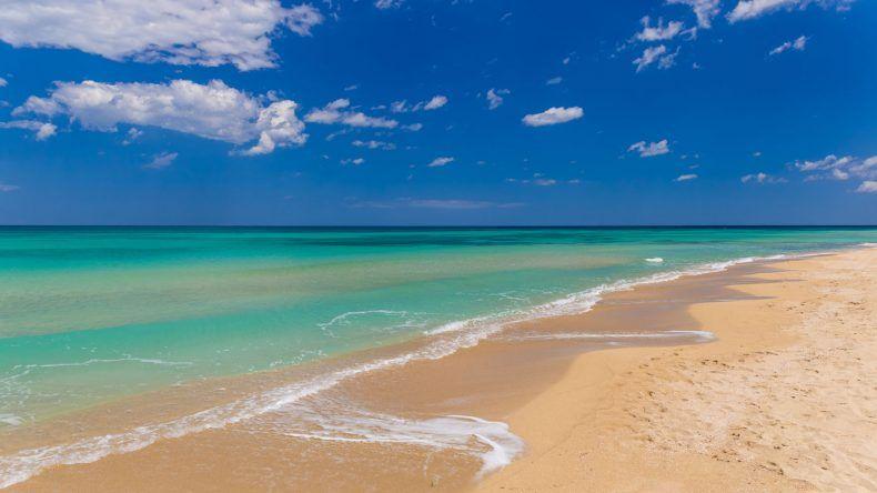 Weißer Strand in Apulien