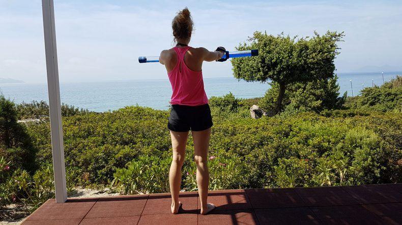 Fitnessbereich auf Strandebene